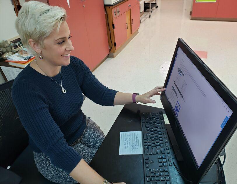 Amazon Future Engineer teacher using virtual computer science curriculum.