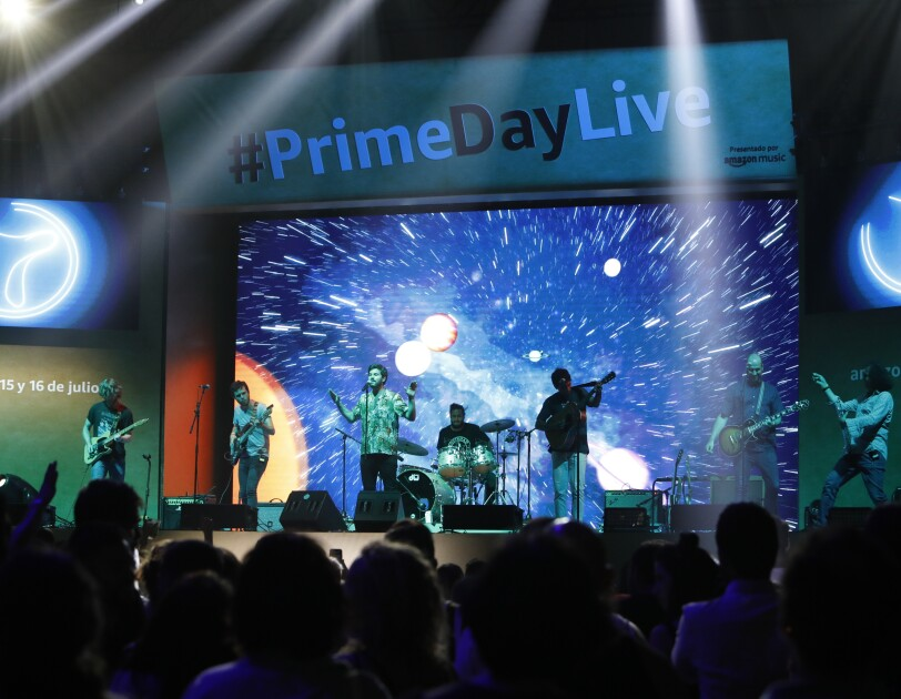 Amazon Prime Day Concert in Spain - Taburete