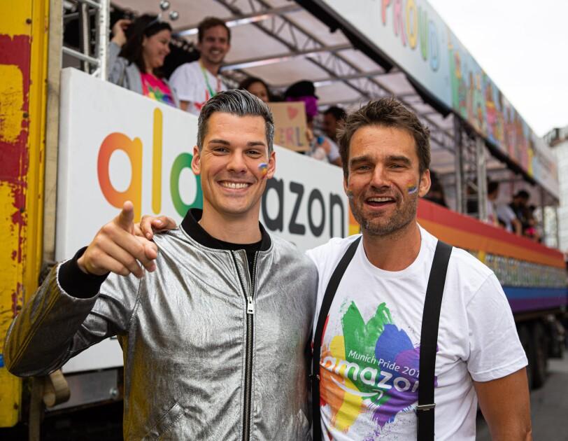 """Die Teilnehmer der Amazon Affinity Group """"glamazon"""""""