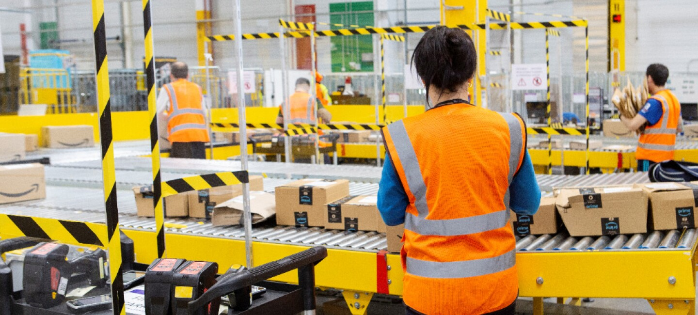 Amazon creates 5,000 new jobs in Spain closing the year with 12,000 permanent employees