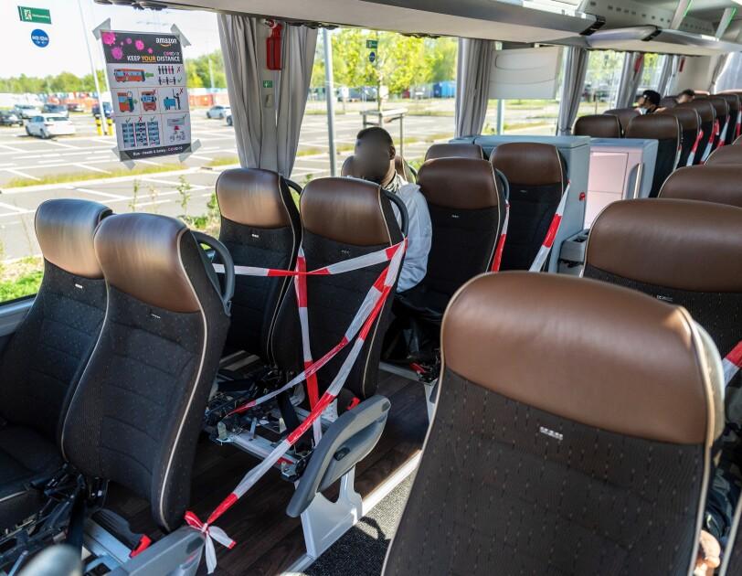 Das Innere von einem Bus