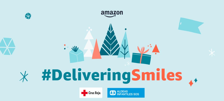 Con la etiqueta DeliveringSmiles está el logo de Amazon en la parte superior y debajo el de Cruz Roja y Aldeas Infantiles SOS.