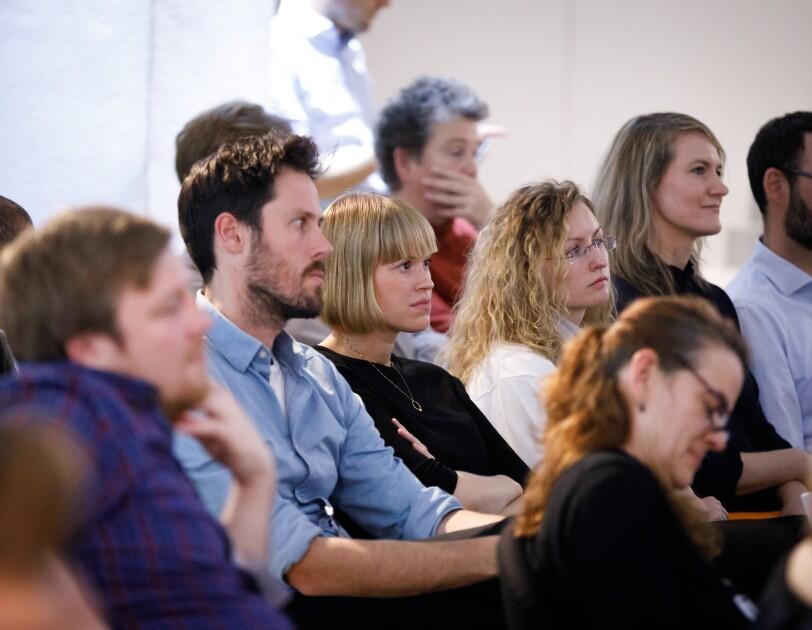 Teilnehmer und Coaches bei der digital.engagiert Preisverleihung.