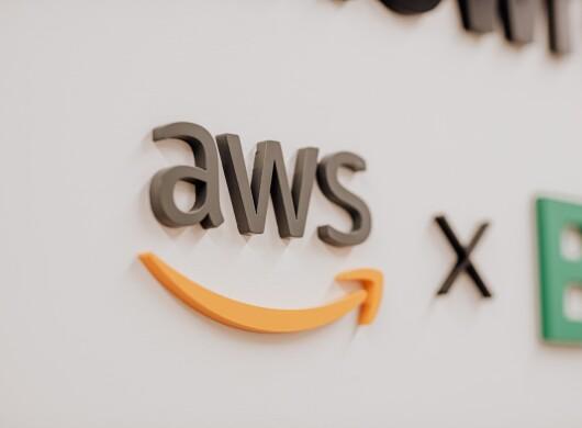 AWS logo Munich banner