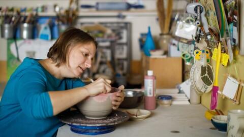 Seattle-based potter Sarah Bak