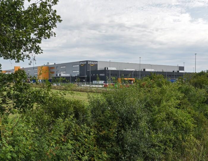 DUS4 Außenansicht_Amazon Logistikzentrum Mönchengladbach